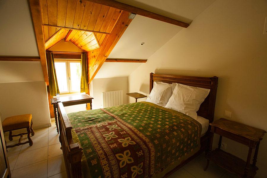gite-chinon-chambre-liere-sauvage-900x600